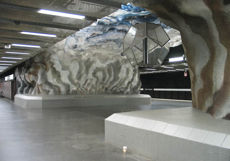 Metrô de Estocolmo: a galeria de arte mais longa do mundo 31
