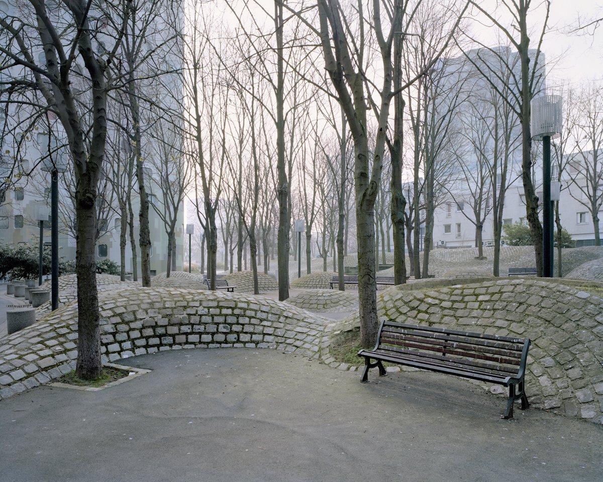 Conjuntos habitacionais esquecidos de Paris documentados por Laurent Kronental 07