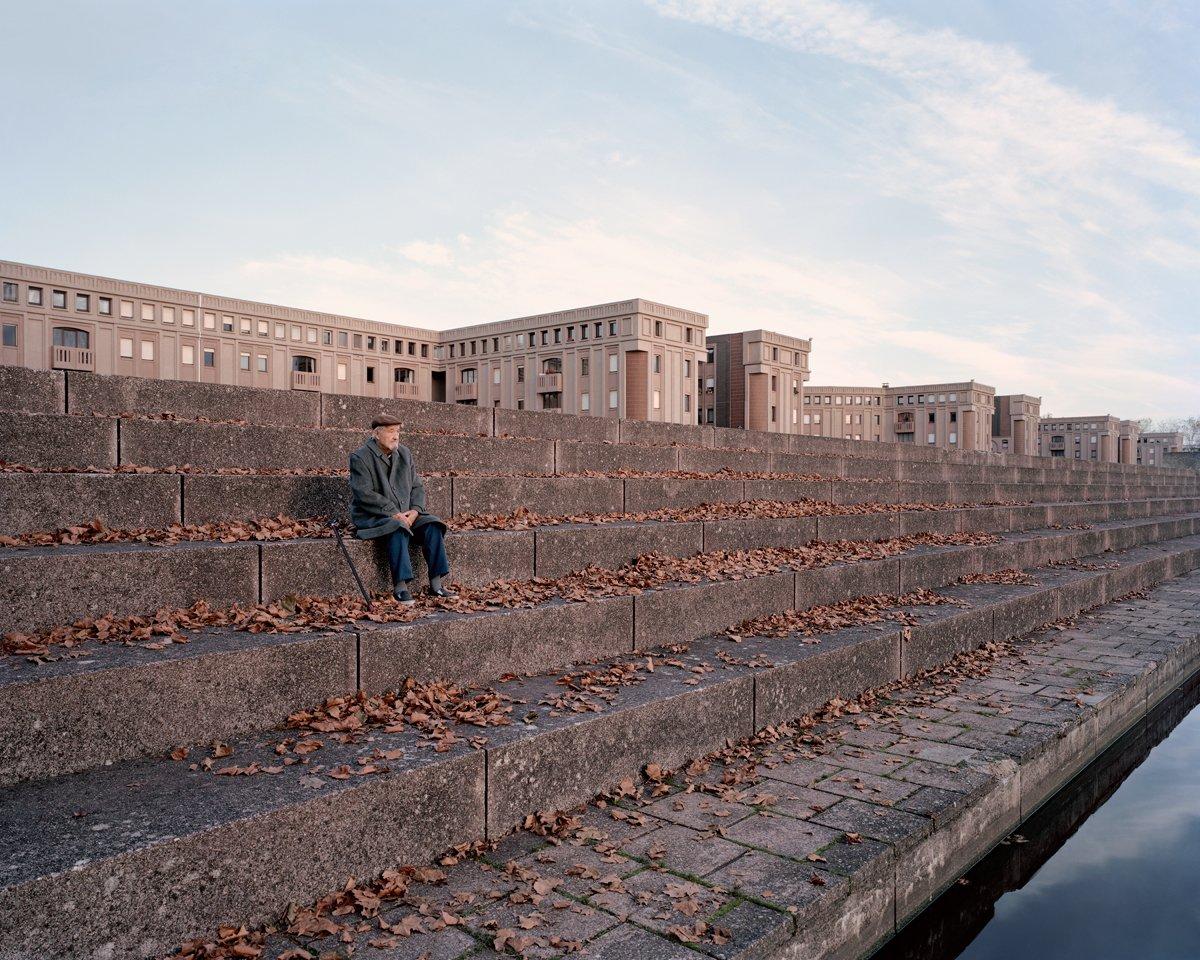 Conjuntos habitacionais esquecidos de Paris documentados por Laurent Kronental 12