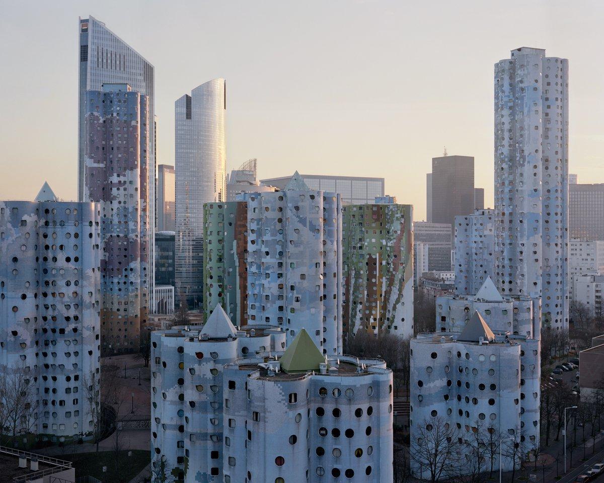 Conjuntos habitacionais esquecidos de Paris documentados por Laurent Kronental 13