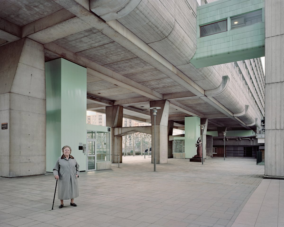 Conjuntos habitacionais esquecidos de Paris documentados por Laurent Kronental 14