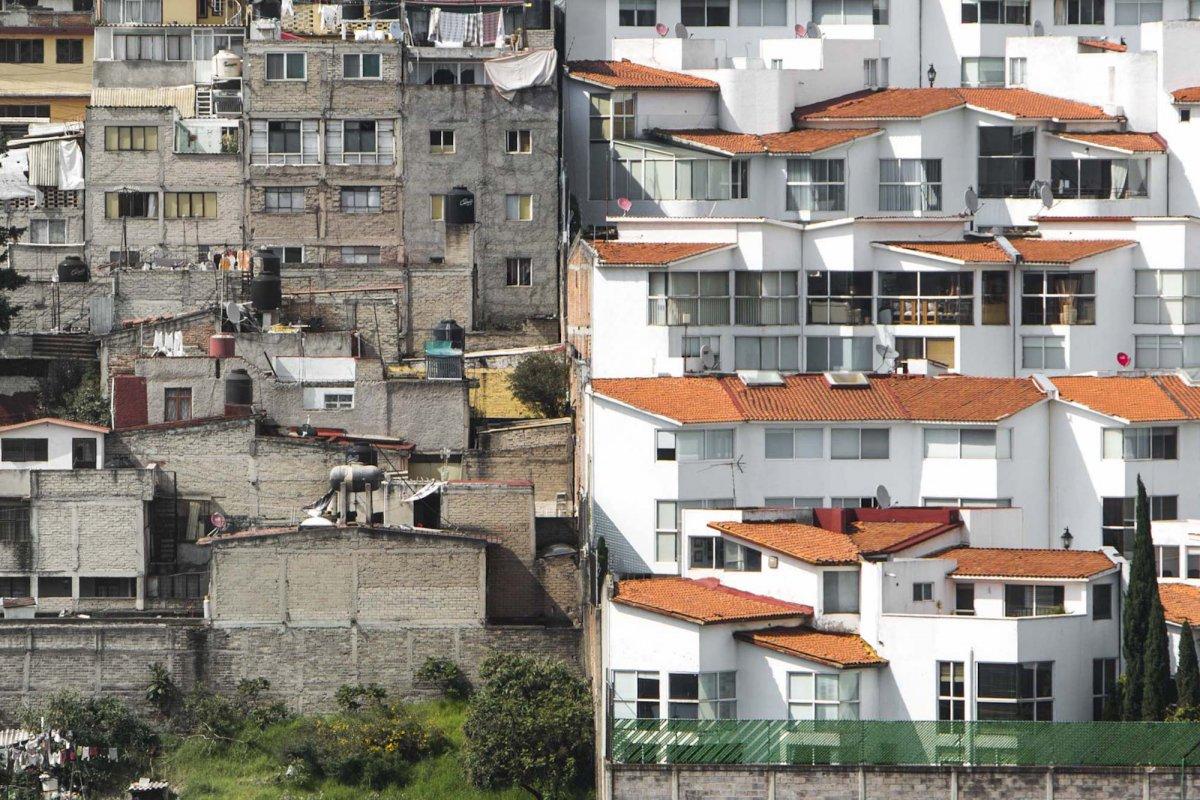 Um drone capturou essas fotos chocantes da desigualdade na maior cidade do México 07
