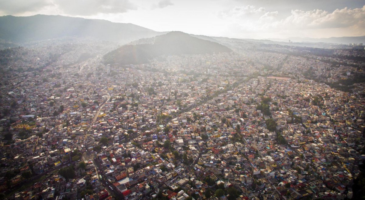 Um drone capturou essas fotos chocantes da desigualdade na maior cidade do México 09
