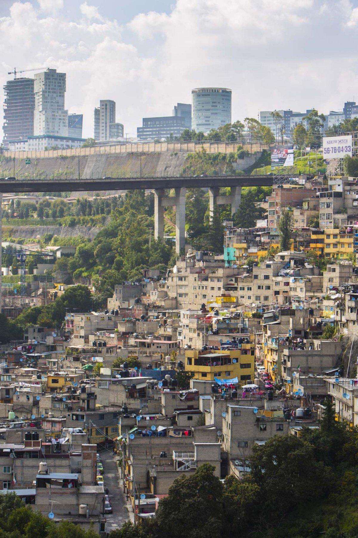 Um drone capturou essas fotos chocantes da desigualdade na maior cidade do México 10