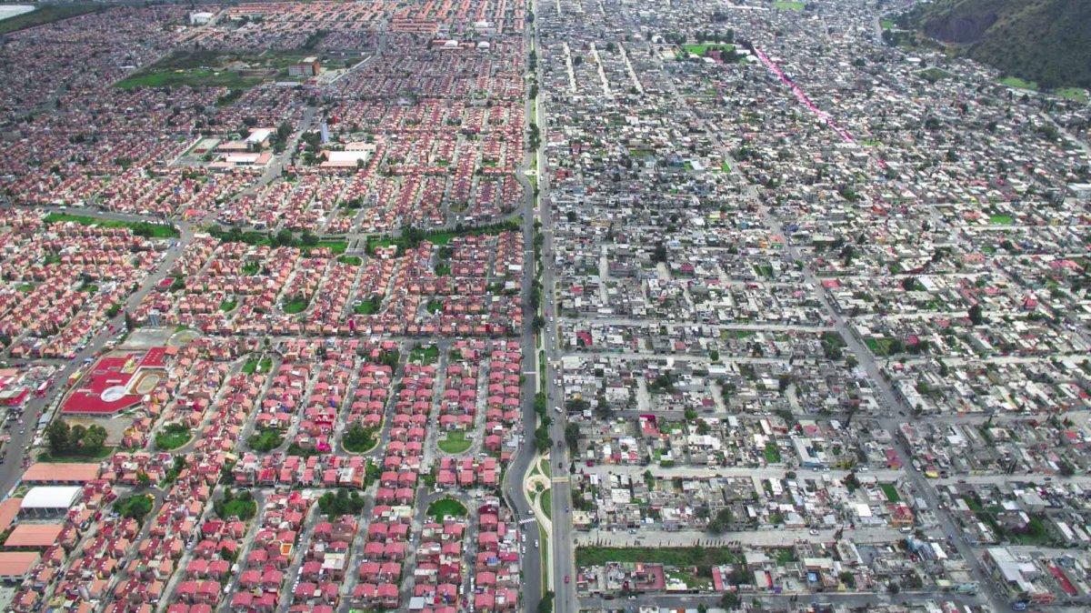Um drone capturou essas fotos chocantes da desigualdade na maior cidade do México 13