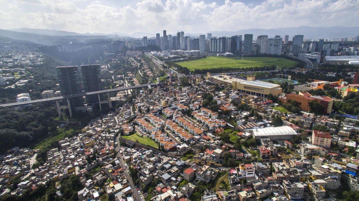 Um drone capturou essas fotos chocantes da desigualdade na maior cidade do México 15