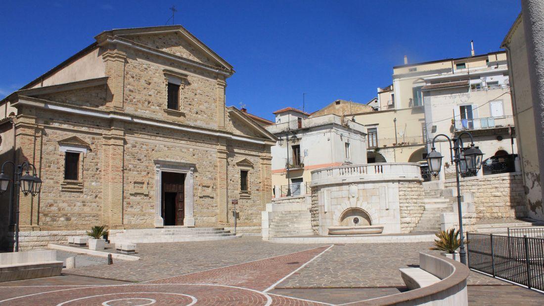 Quer viver na Itália? A cidade de Candela está pagando para quem quiser mudar para lá 04