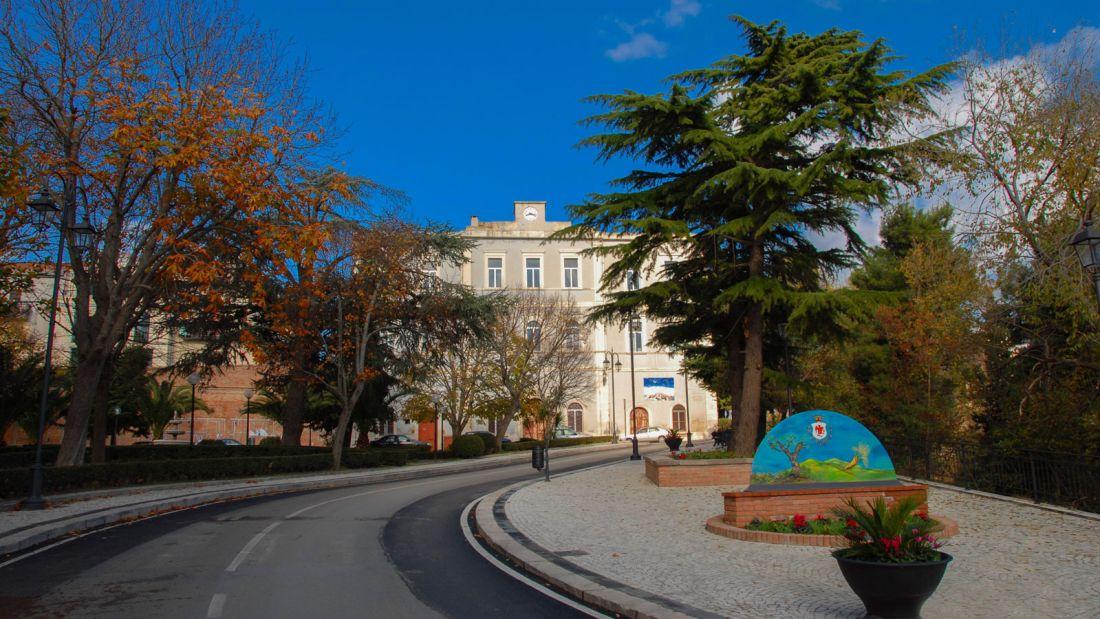 Quer viver na Itália? A cidade de Candela está pagando para quem quiser mudar para lá 07