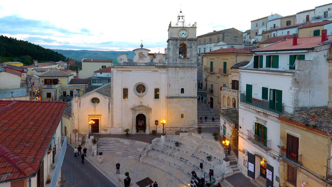 Quer viver na Itália? A cidade de Candela está pagando para quem quiser mudar para lá 08