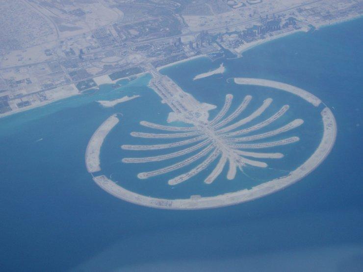 Homem construindo ilhas em Dubai (35 fotos)