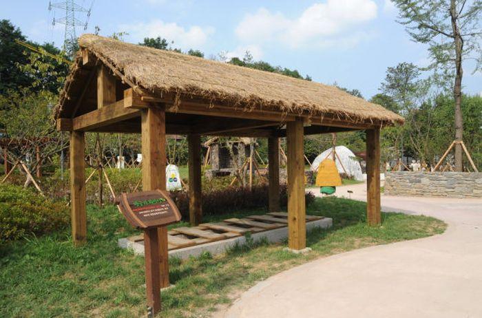 Um parque temático muito estranho na Coreia do Sul 17