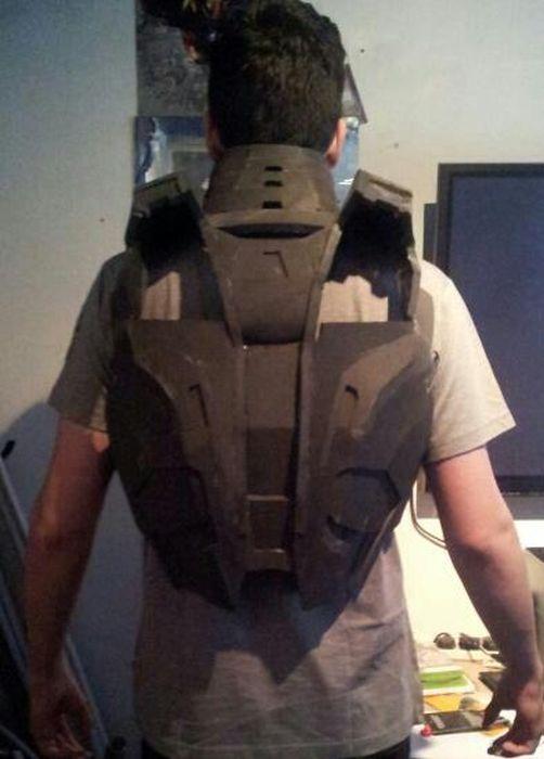 Fã constrói impressionante traje do Iron Man 03