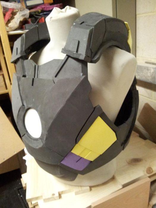 Fã constrói impressionante traje do Iron Man 04