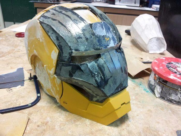 Fã constrói impressionante traje do Iron Man 13