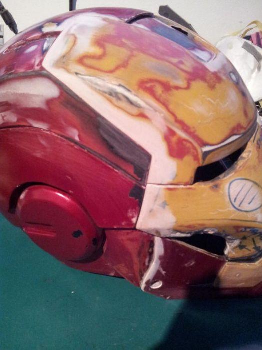 Fã constrói impressionante traje do Iron Man 15