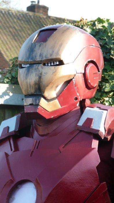 Fã constrói impressionante traje do Iron Man 22