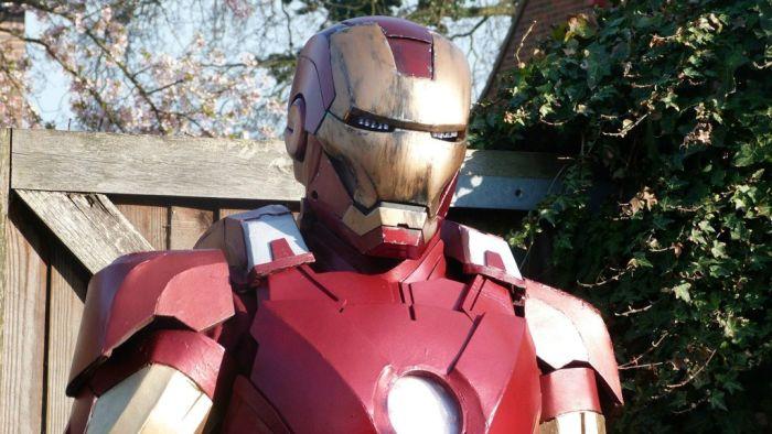 Fã constrói impressionante traje do Iron Man 26