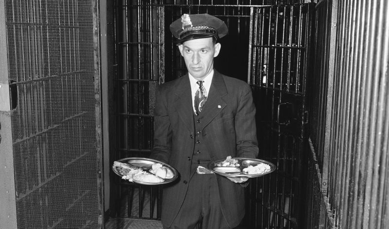 As surpreendentes origens da tradicional última refeição, a escolha final dos presos antes de morrer