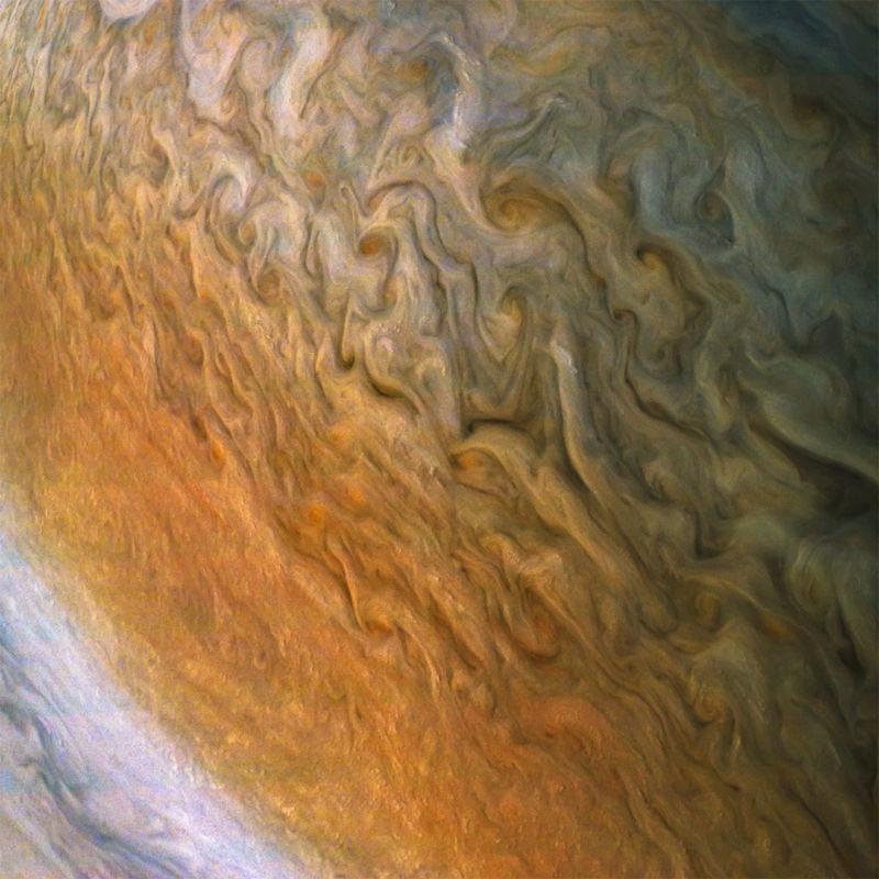 É a Glória: A sonda Juno voltou a completar uma órbita ao redor de Júpiter 04