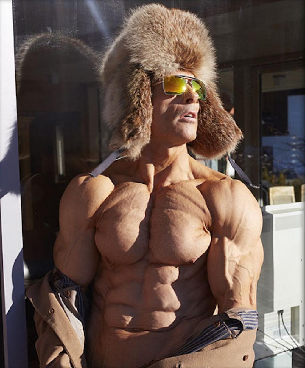 Aos 47 anos, este fisiculturista tem apenas 4% de gordura corporal 05