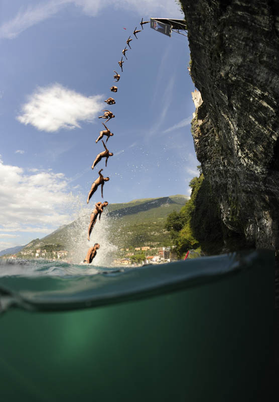 Concurso mundial de mergulhos de penhascos 16