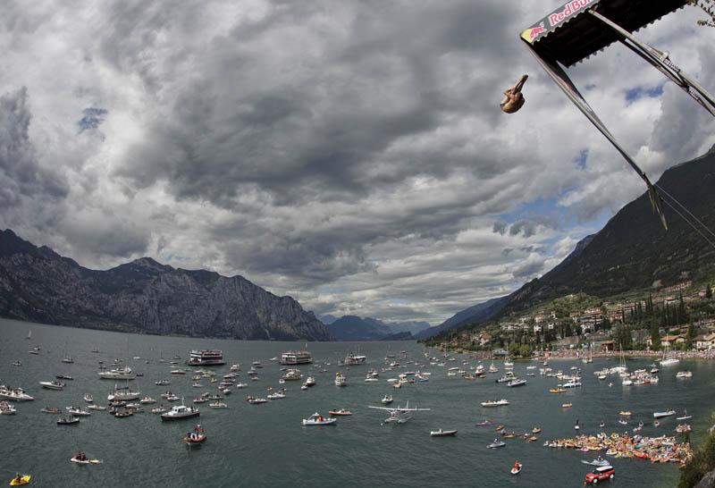 Concurso mundial de mergulhos de penhascos 18