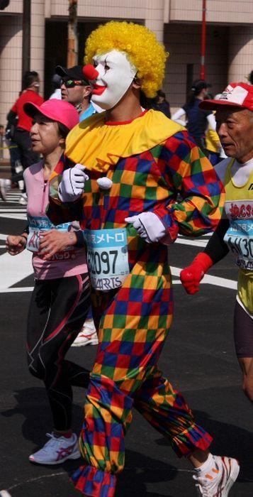 As fantasiuas da Maratona de Tóquio 14