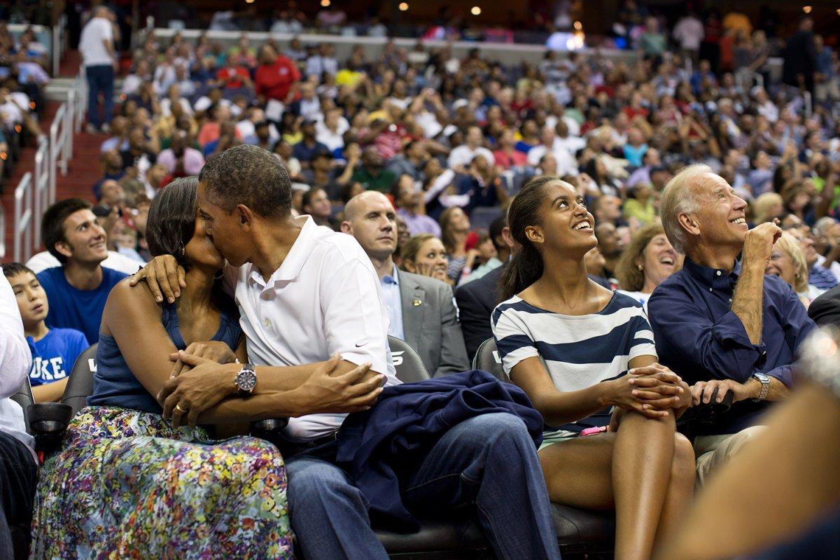 Fot�grafo de Obama: 2 milh�es de fotos em 8 anos 13