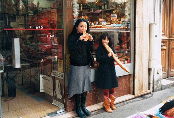 Fotógrafas mergulham no passado e em fotografias de forma muito criativa 01