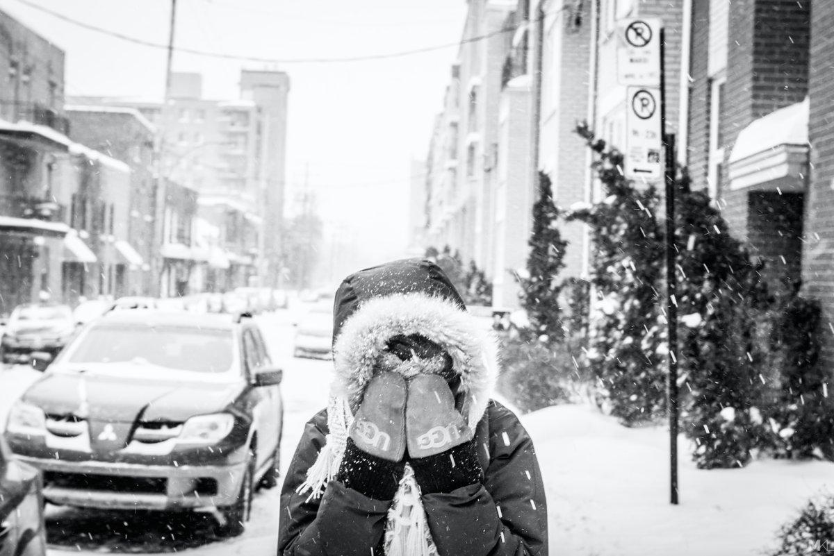 Ela odeia as câmeras, mas seu namorado fotógrafo sabe aproveitar seu melhor lado 13