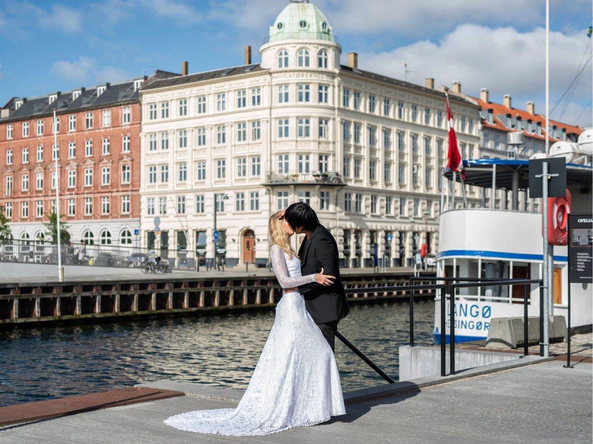 Casal tirou fotos de tirar o fôlego em 11 países diferentes para criar o melhor álbum de casamento 09