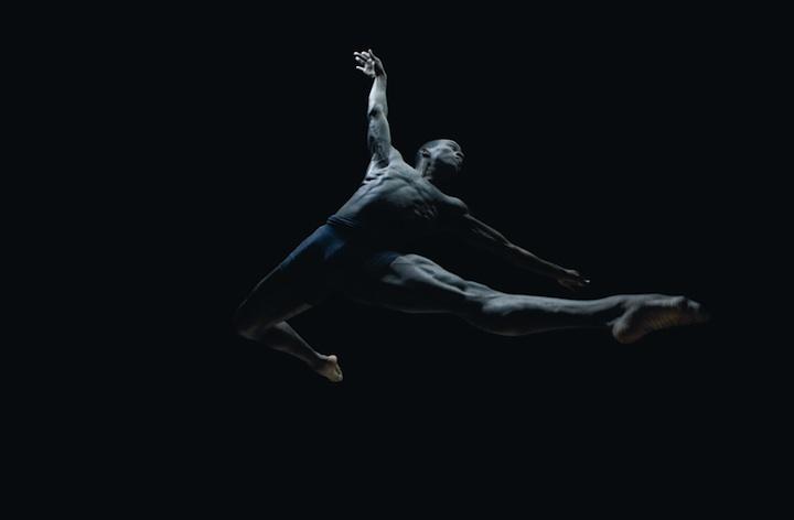 Corpos em movimento 10