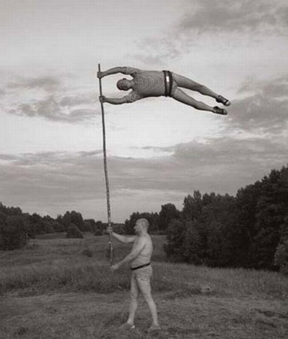 Fotos em P&B fantasticamente estranhas 19