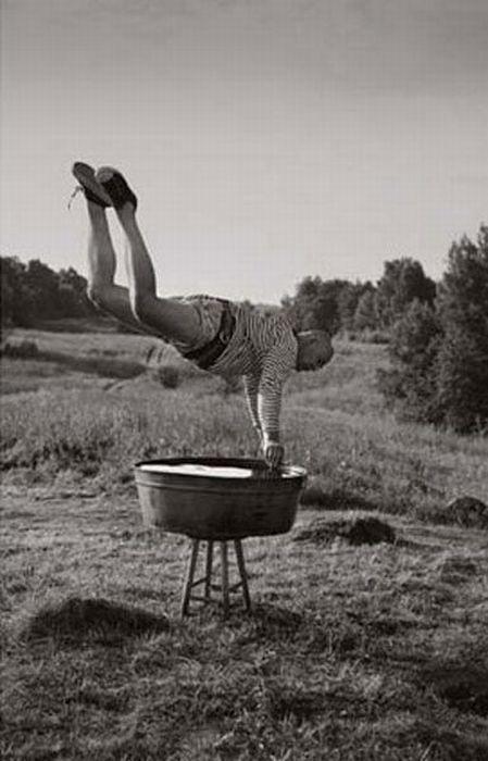 Fotos em P&B fantasticamente estranhas 26