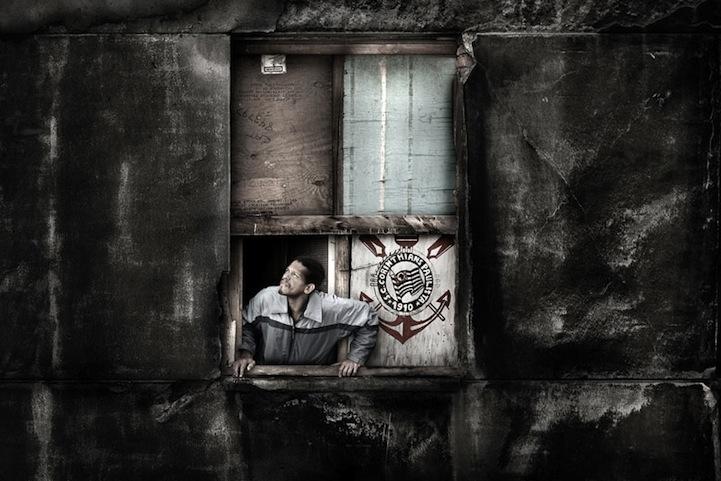 Cada janela, uma história de Julio Bittencourt 02