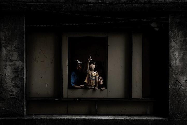 Cada janela, uma história de Julio Bittencourt 13