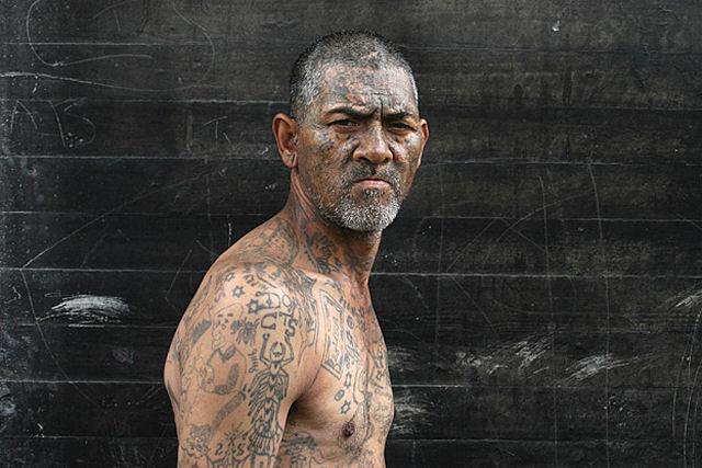 Membros de gangues sul-africanas voltam à sociedade 01