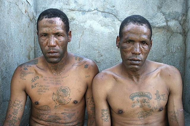 Membros de gangues sul-africanas voltam à sociedade 08