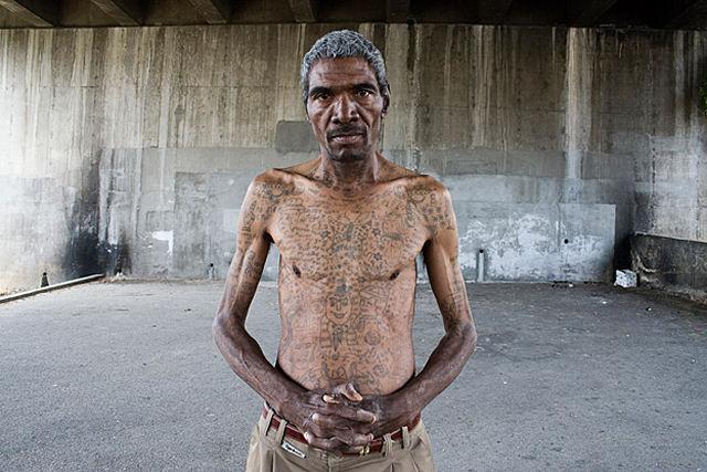 Membros de gangues sul-africanas voltam à sociedade 09
