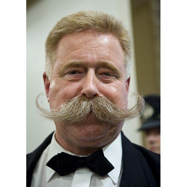 Campeonato de bigodes e barbas 10