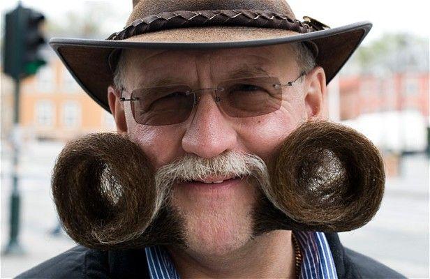 Campeonato de bigodes e barbas 16