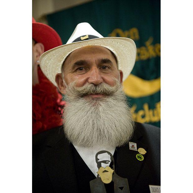 Campeonato de bigodes e barbas 18