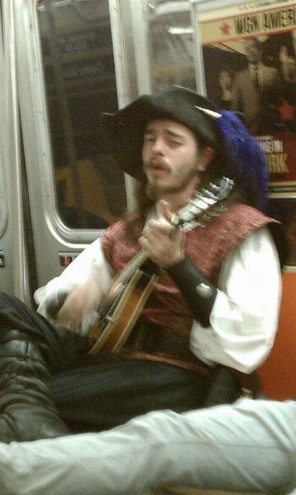Gente esquisita dos transportes públicos 10