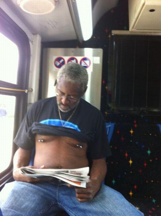 Gente esquisita dos transportes públicos 14
