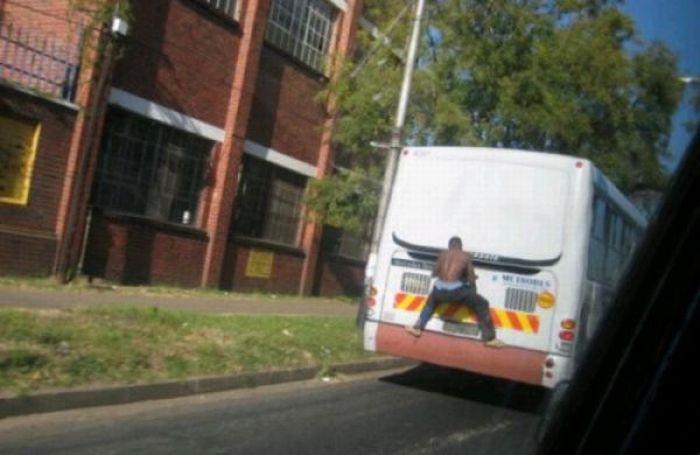 Gente esquisita dos transportes públicos 21