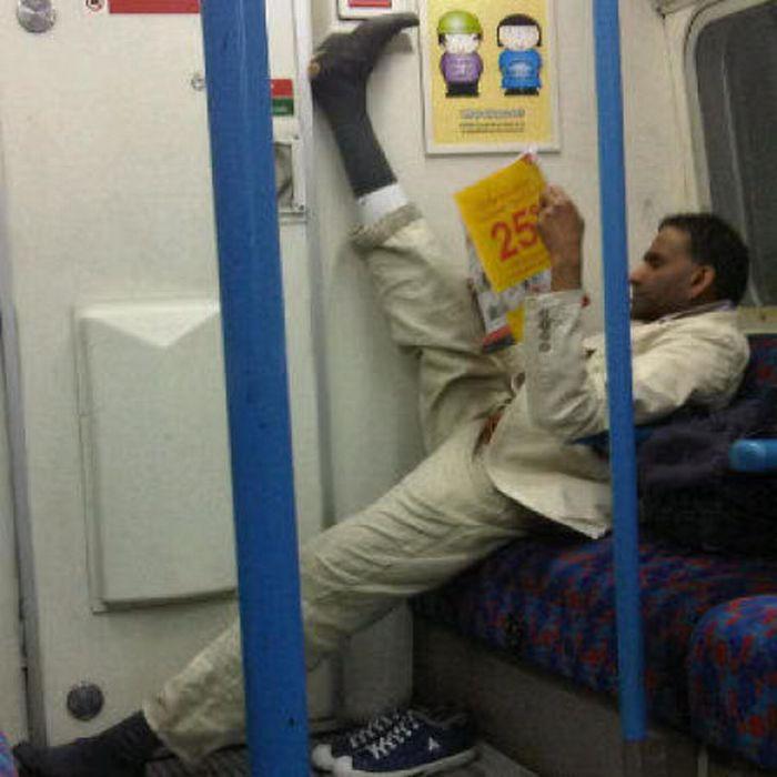 Gente esquisita dos transportes públicos 22