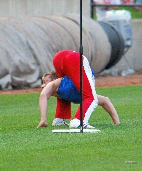 Um cara muito flexível 09