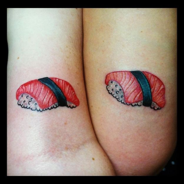 Tatuagens de casal terríveis 11