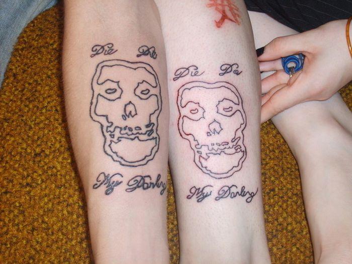 Tatuagens de casal terríveis 12