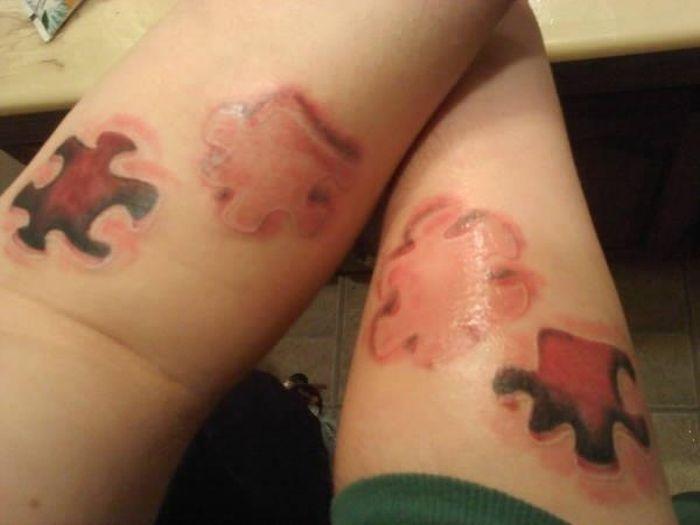 Tatuagens de casal terríveis 18